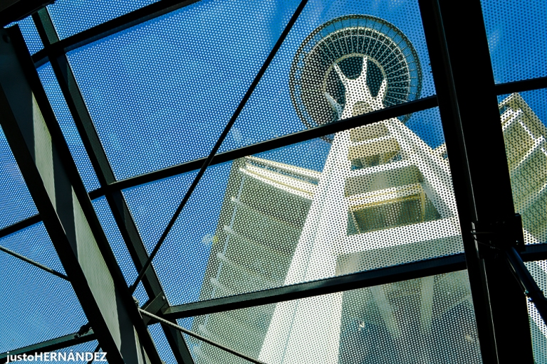 SpaceNeedle-1